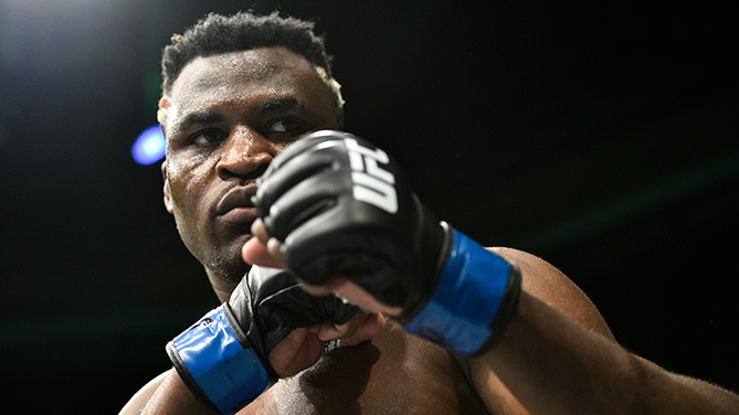 UFC 226 Heavyweights Weigh-in: Derrick Lewis Shoves Francis Ngannou