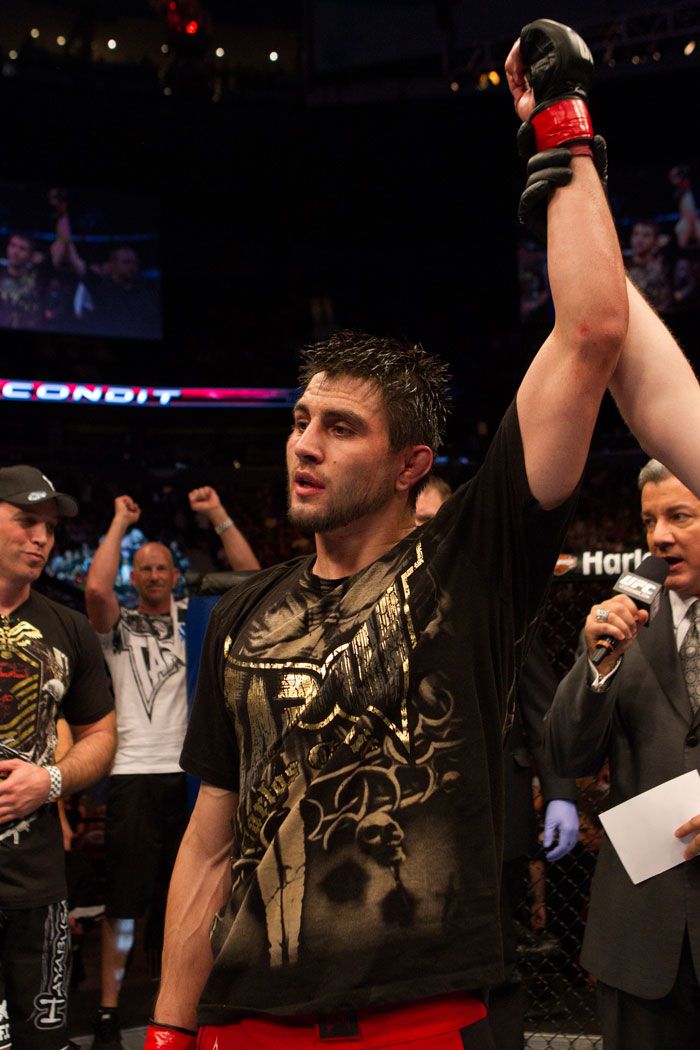 Carlos Condit wins by technical knock out