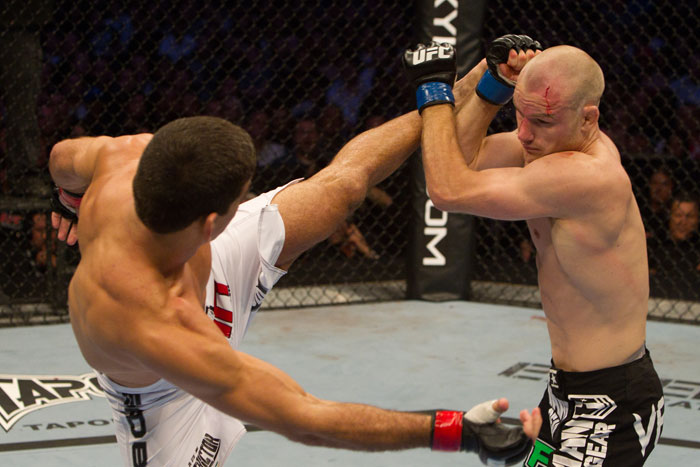Thiago vs. Kampmann