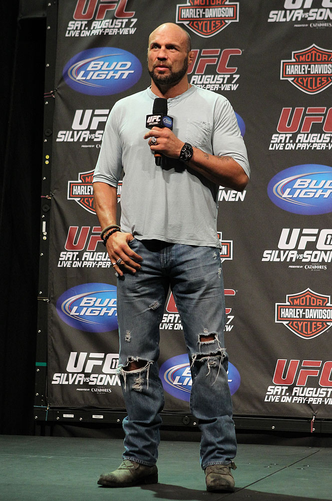 UFC 117 Weigh-ins