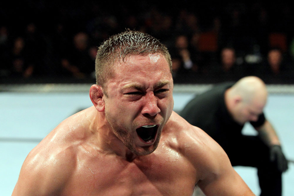 UFC118 Pierce wins