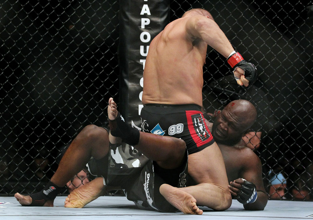 UFC 118 Couture vs. Toney
