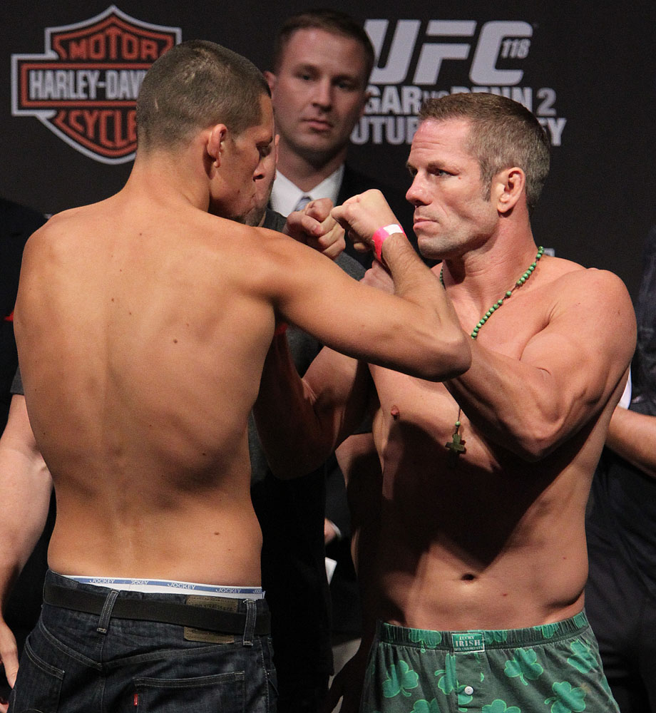 UFC118 weigh-ins Diaz vs. Davis