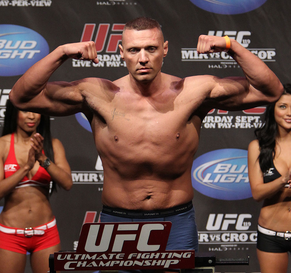 UFC 119 weigh ins: Sean McCorkle