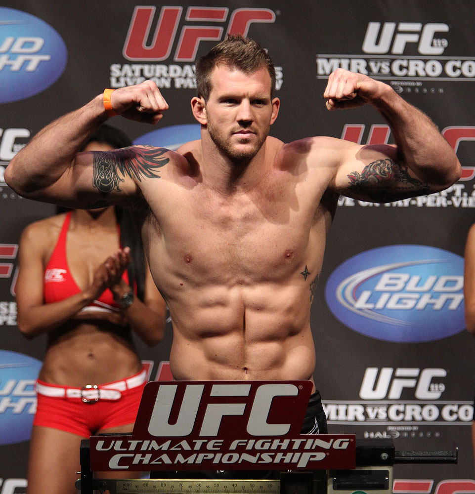 UFC 119 weigh ins: Ryan Bader