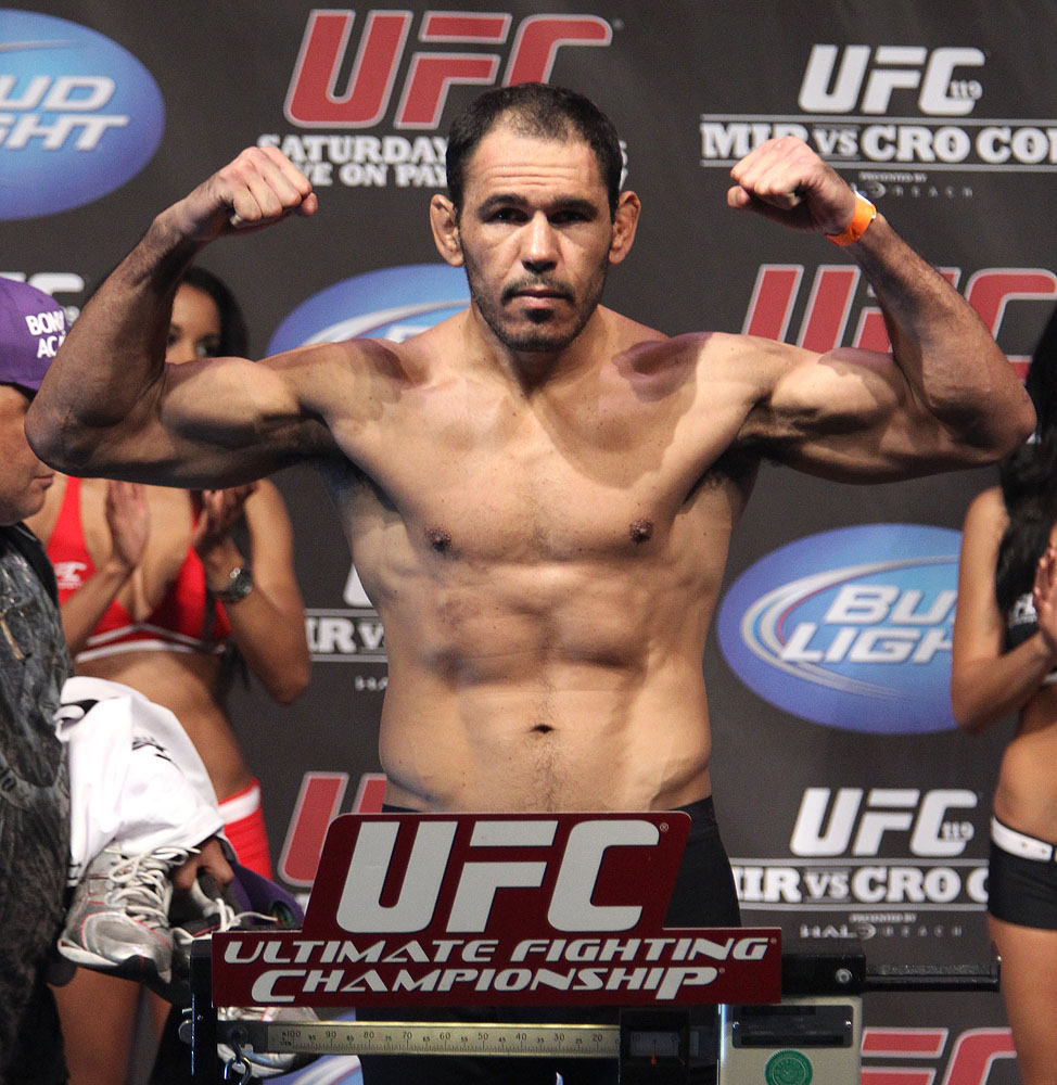 UFC 119 weigh ins: Antonio Rogerio Nogueira