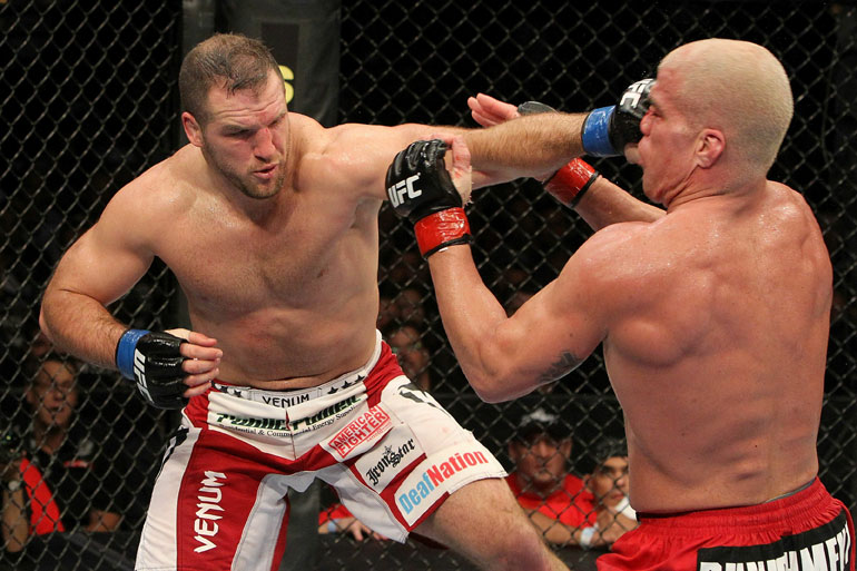 Matt Hamill vs Tito Ortiz
