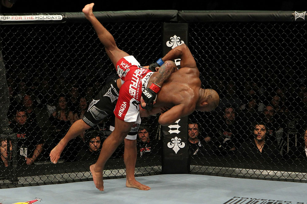 UFC 124: Alves vs. Howard