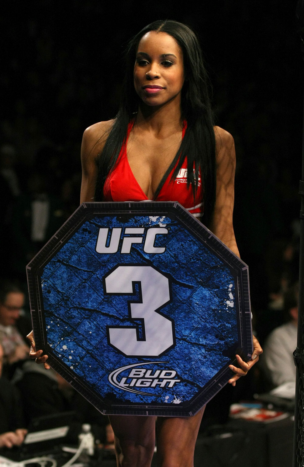 UFC 125: Octagon girl, Chandella during the Grispi vs. Poirier