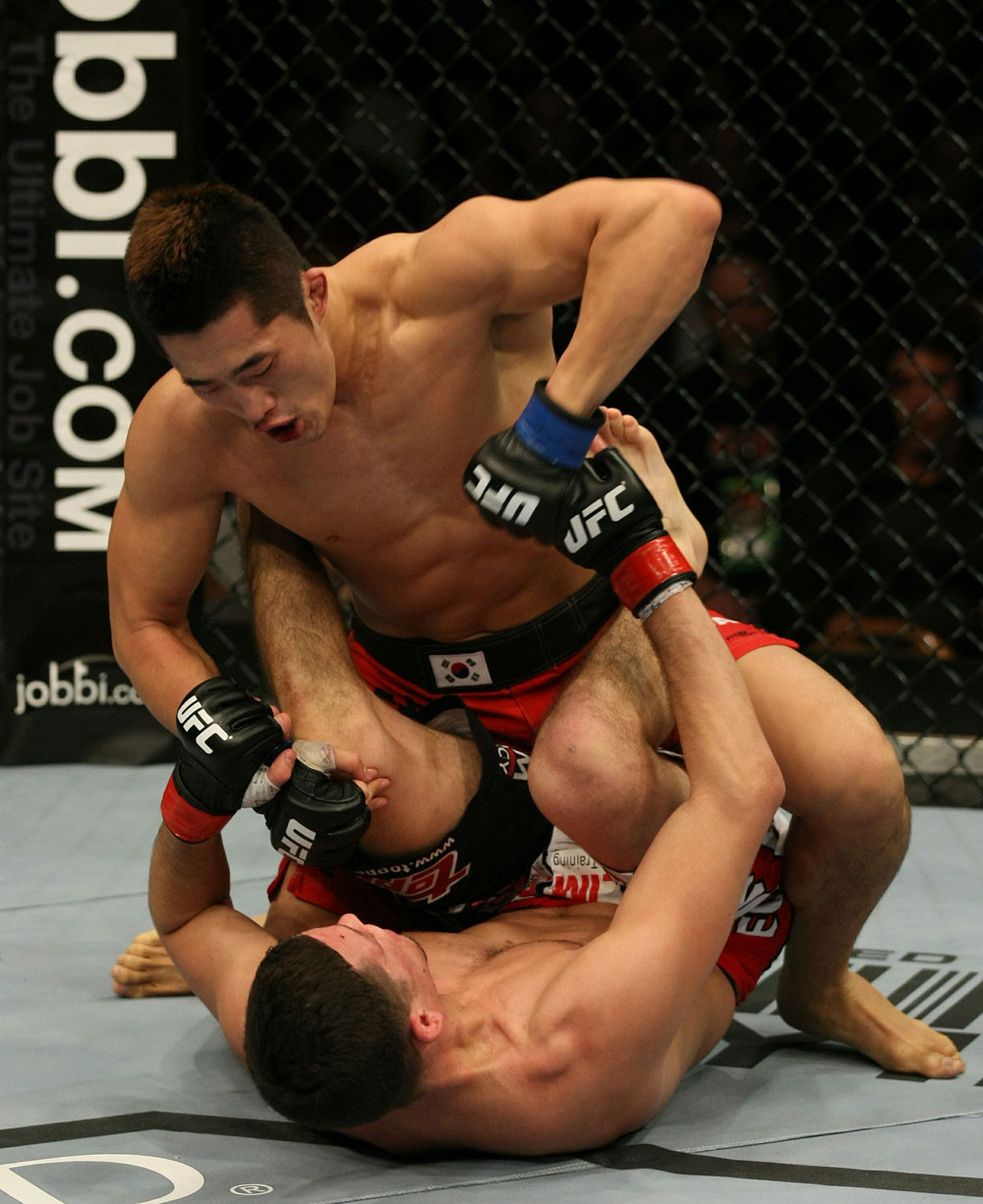 UFC 125: Diaz vs. Kim