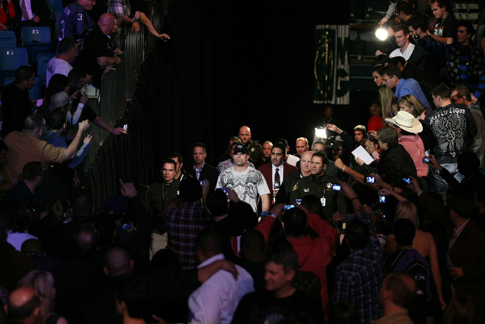 UFC 125: Brian Stann enters the ring.