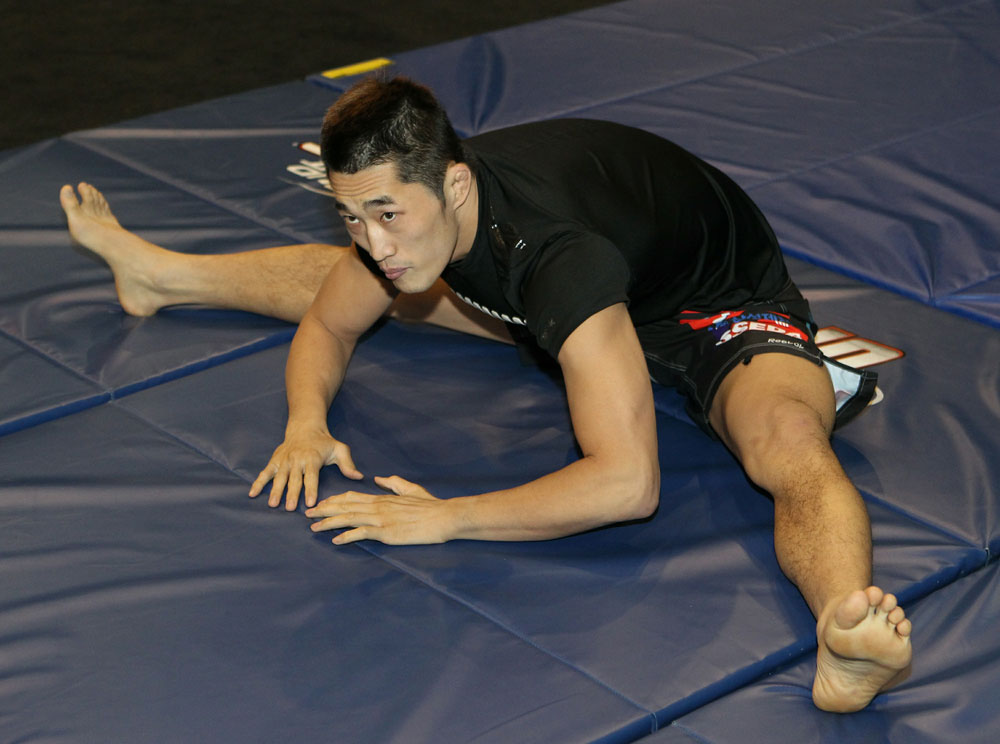 Dong Hyun Kim at the UFC 125 Open Workouts.