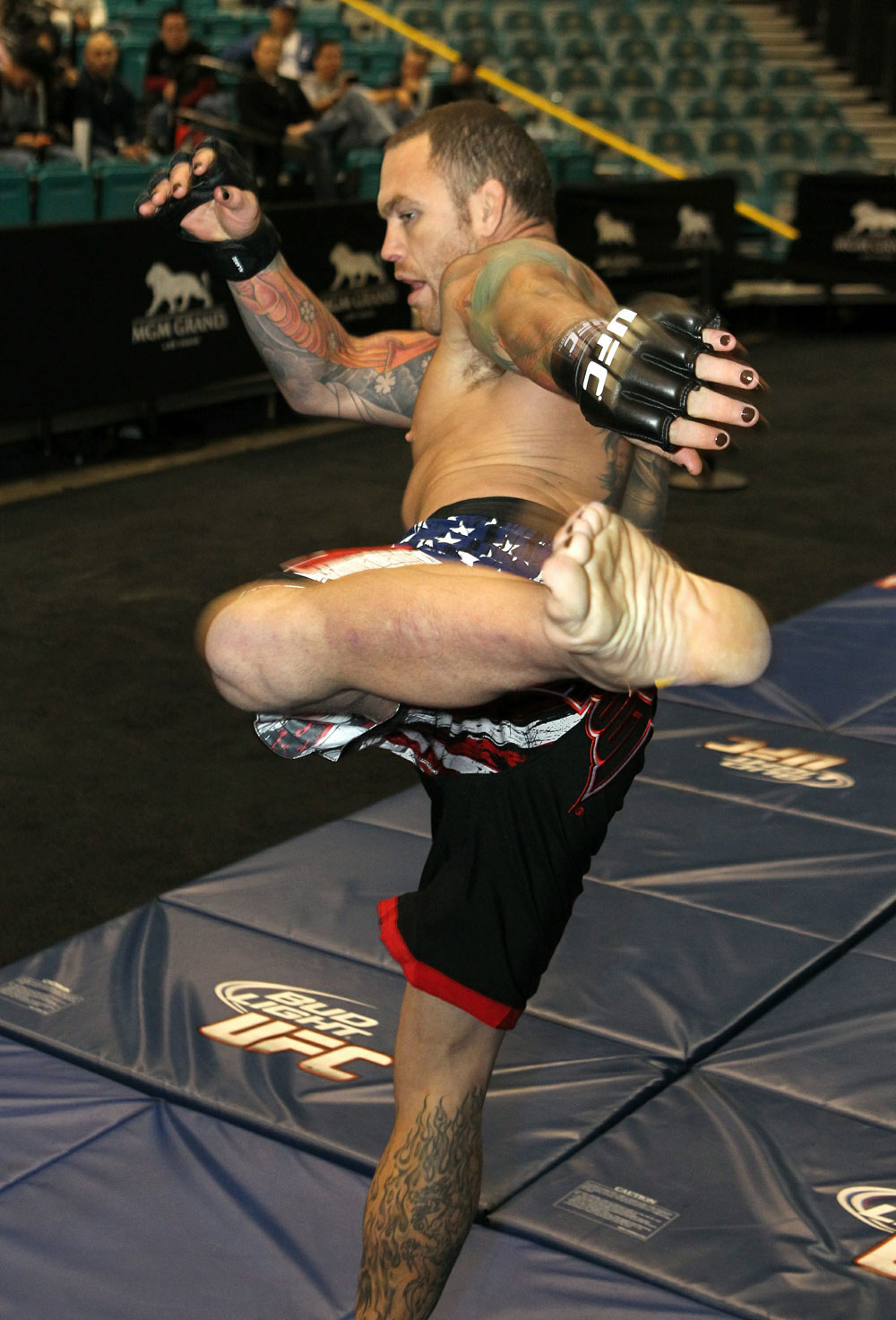 Chris Leben at the UFC 125 Open Workouts.
