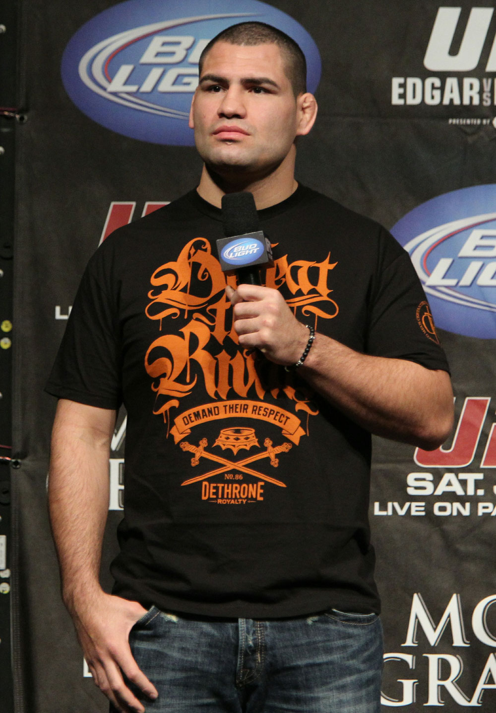 Cain Velasquez at the UFC 125 Weigh-in.