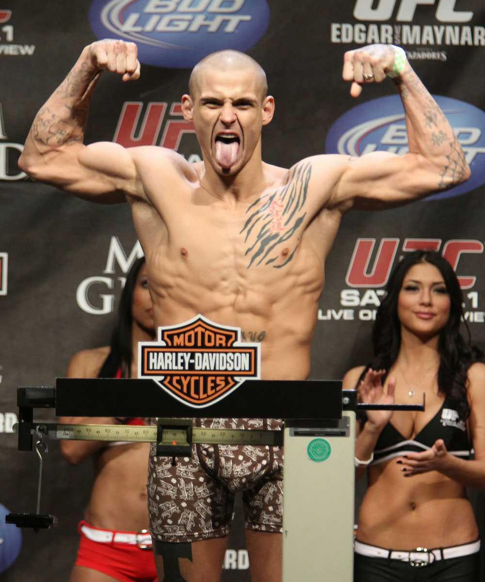 Dustin Poirier at the UFC 125 Weigh-in.