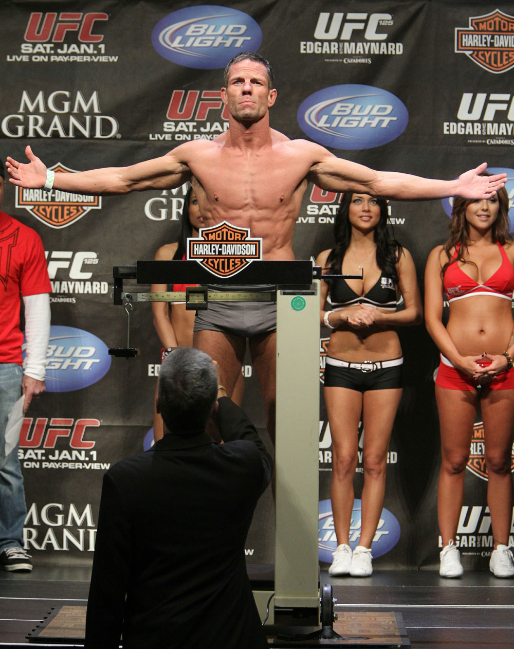 Marcus Davis at the UFC 125 Weigh-in.
