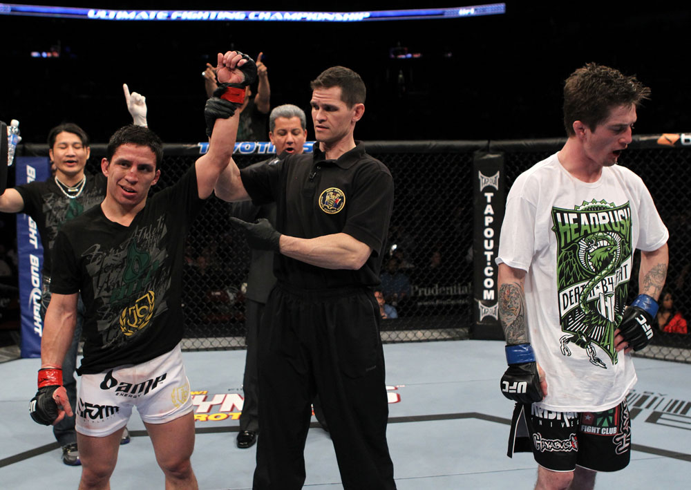 UFC 128: Benavidez named winner.