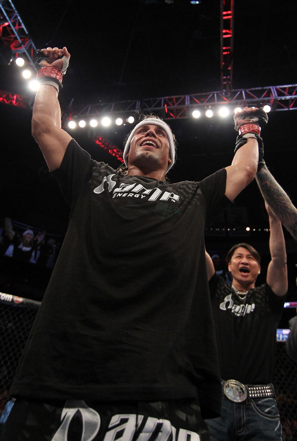 UFC 128: Urijah Faber celebrates his win