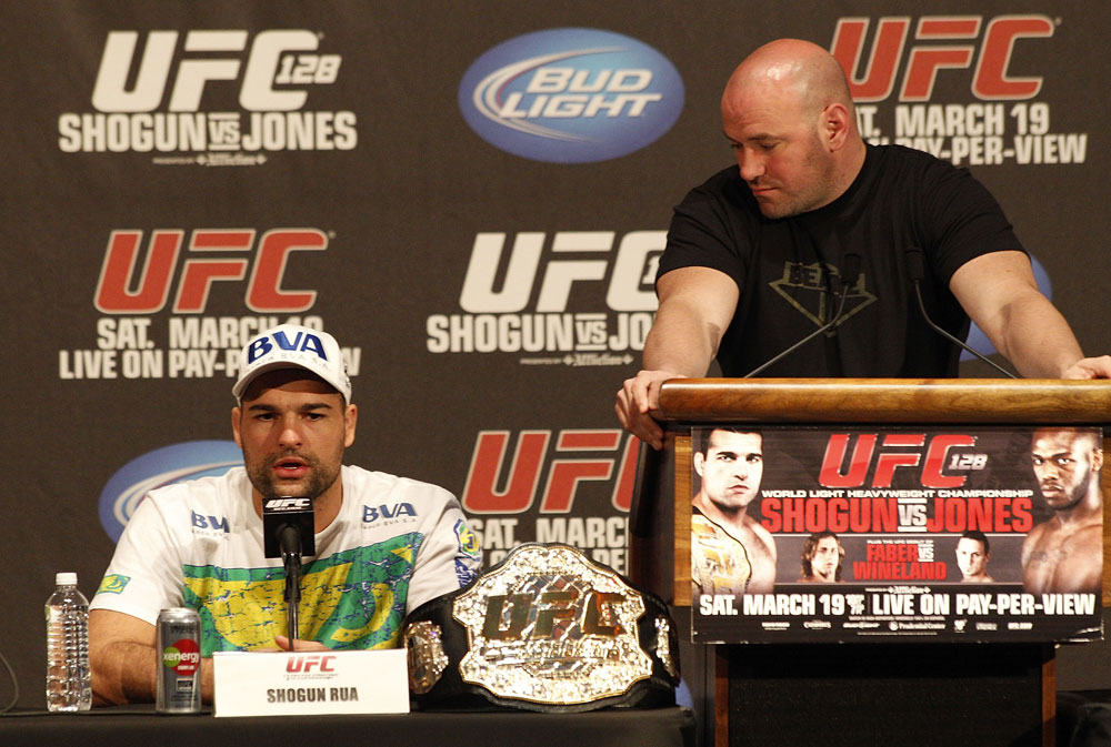 UFC 128: Pre-Fight Press Conference: (L-R) Shogun Rua &amp; Dana White