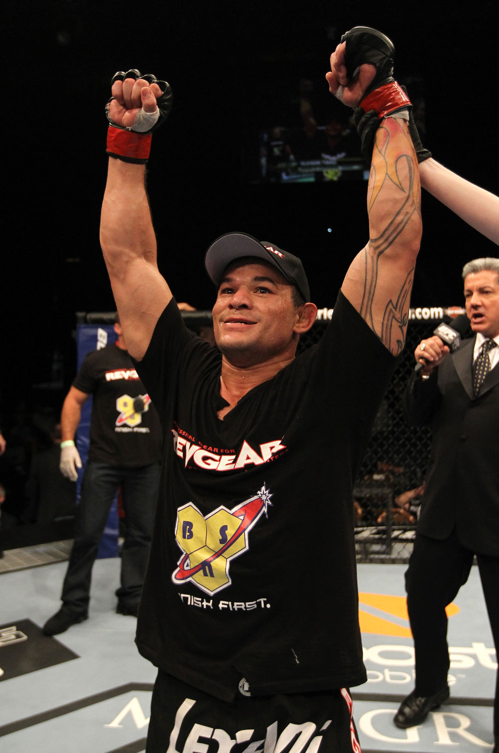 UFC 130: Gleison Tibau celebrates his win