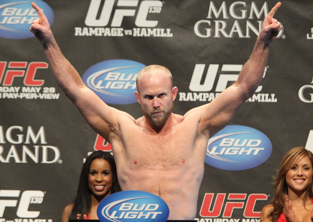 UFC 130 Weigh-ins: Tim Boetsch