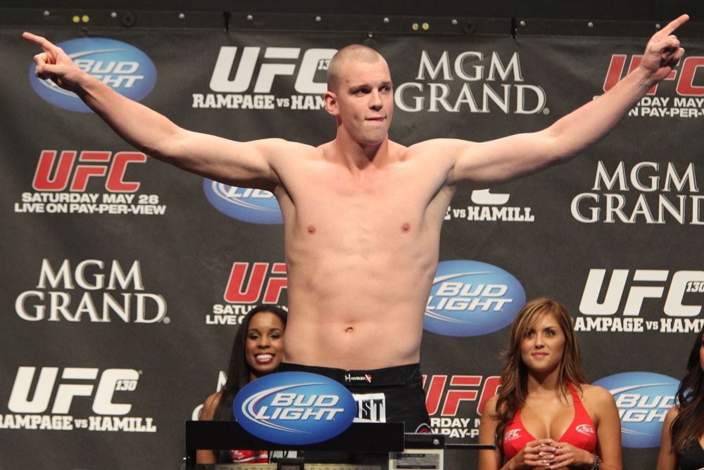 UFC 130 Weigh-ins: Stefan Struve