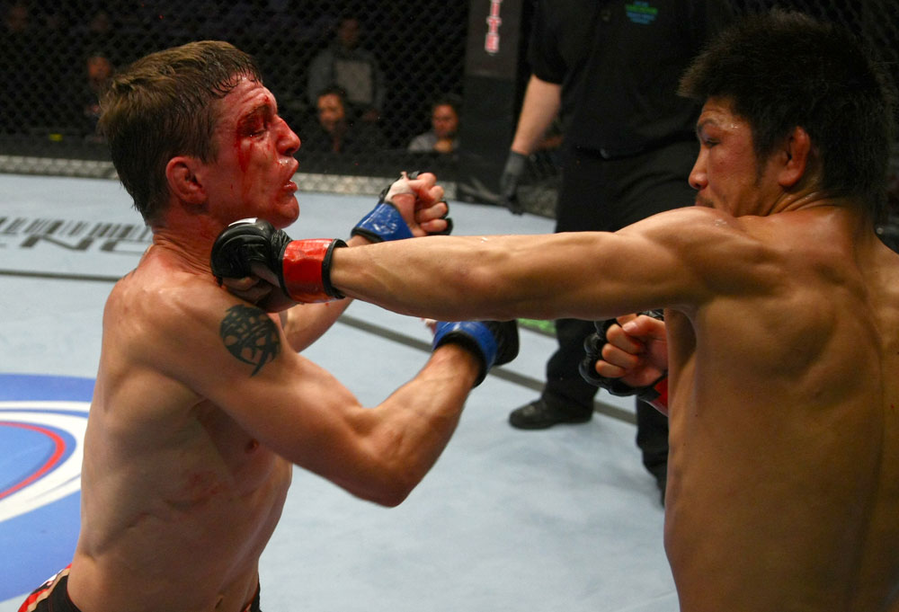 Darren Elkins vs Michihiro Omigawa