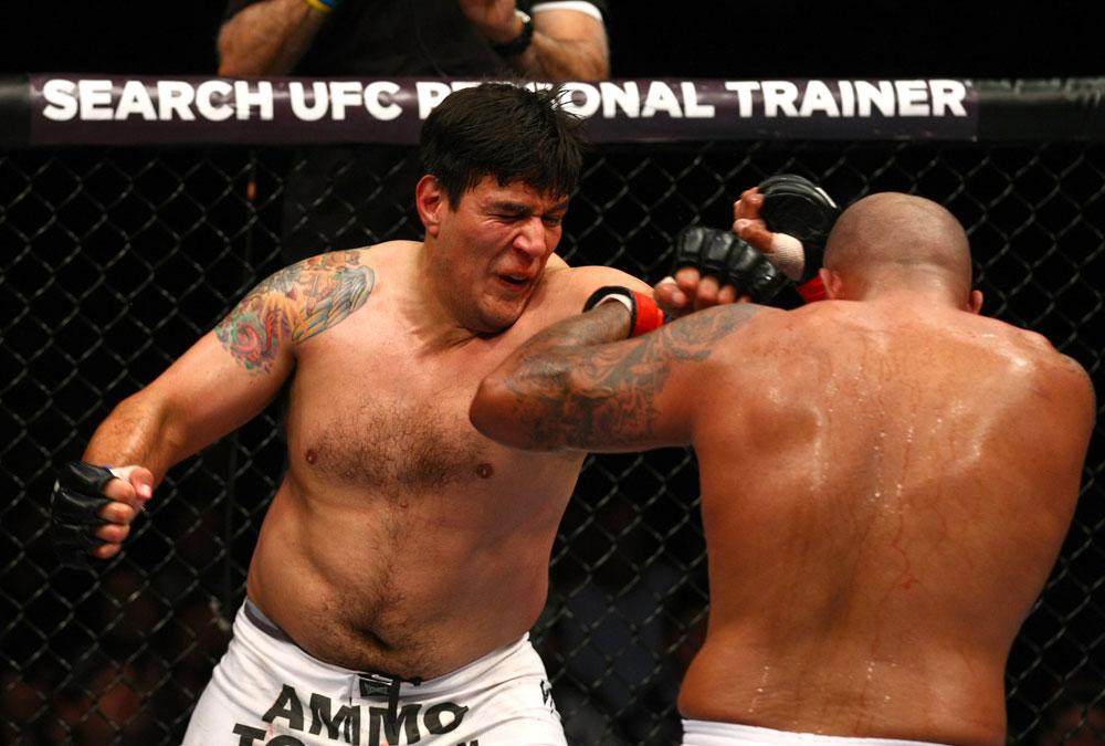Joey Beltran vs Aaron Rosa