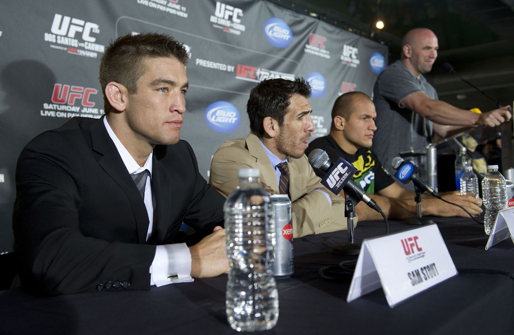 Dana White, Sam Stout, Kenny Florian & Junior dos Santos