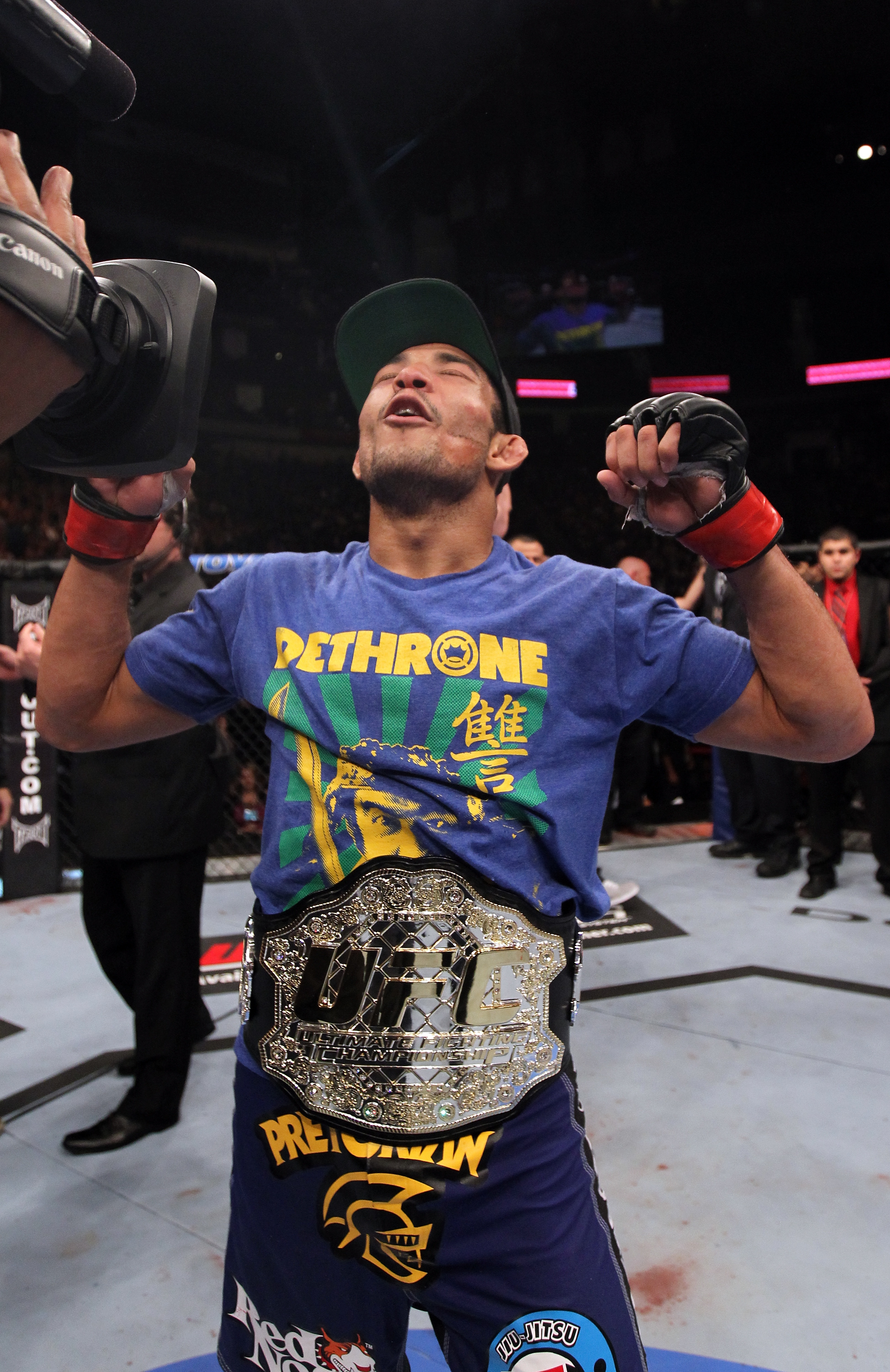 Jose Aldo celebrates his win