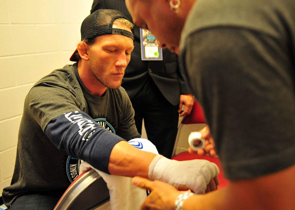 Gray Maynard prepares for his fight with Frankie Edgar