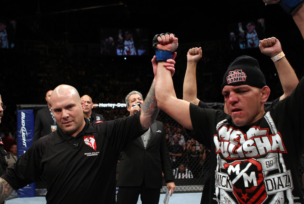 Nick Diaz announced winner by unanimous decision