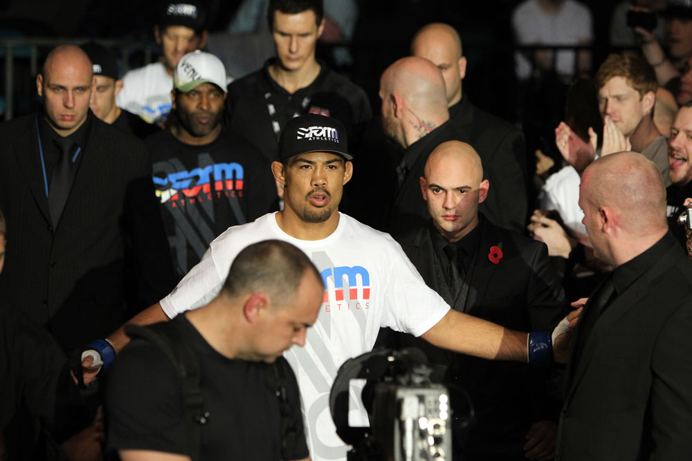 Mark Munoz enters the arena