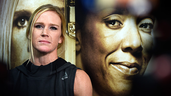 BROOKLYN, NY - FEBRUARY 09: Holly Holm holds an open workout for fans and media at Gleason's Gym on February 9, 2017 in Brooklyn, New York. (Photo by Jeff Bottari/Zuffa LLC)