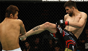 "(R-L) Condit kicks <a href='../fighter/Dong-Hyun-Kim'></noscript><a href='../fighter/dong-hyun-the-mestro-kim'>Dong Hyun Kim</a></a> during <a href='../event/UFC132'>UFC 132 </a>on July 2, 2011 in Las Vegas, NV. (Photo by Donald Miralle/Zuffa LLC)&#8221; align=&#8221;right&#8221;/> ""I love and I hate fight week,"" he said. ""I hate it because it's tough. There's a lot of anxiety and emotional ups and downs, but I also love it because getting through that and then getting to the fight and doing it, it's what I love to do. If I love anything on this Earth other than hanging out with my kids and being a dad, being a fighter is what I'm here for.""</p> <p>Some wondered whether he would make that walk again after his loss to <a href="