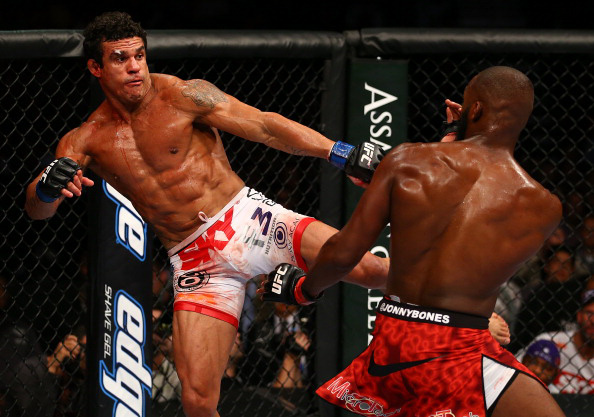 Belfort leg kicks Jones