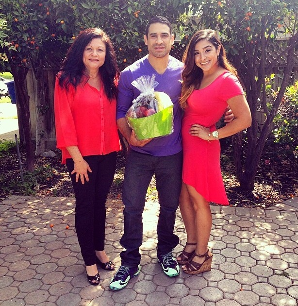 UFC lightweight <a href='../fighter/Danny-Castillo'>Danny Castillo</a> with his mom and sister