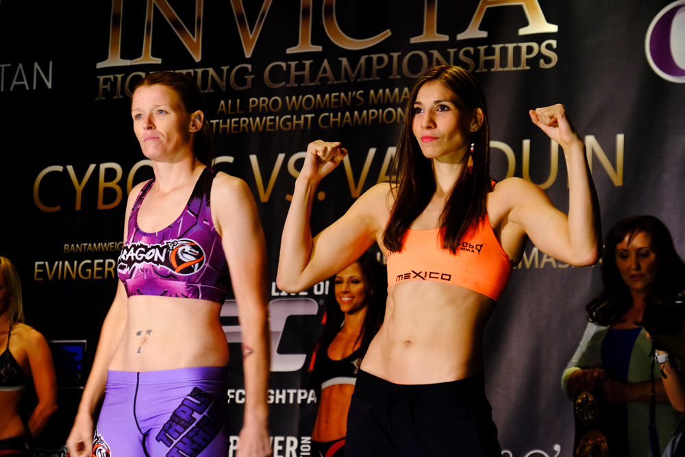Tonya Evinger (left) and Irene Aldana (right) pose at the Invicta FC 13 weigh-in