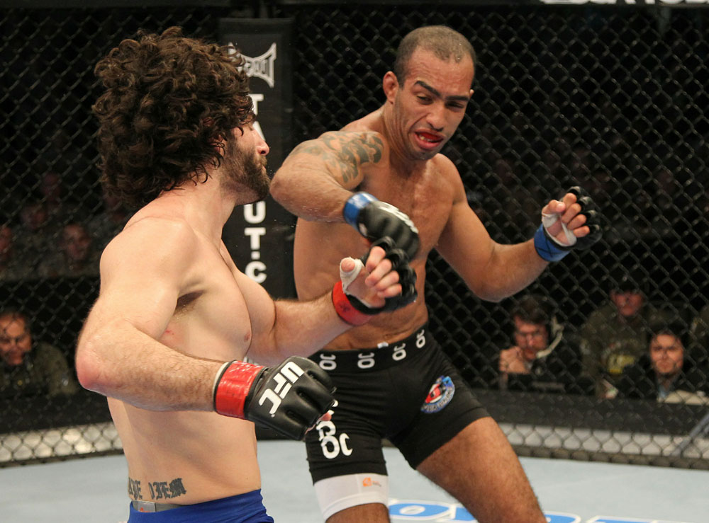 (L)Brenneman vs. (R)Alves