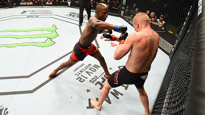 Marc Diakiese delivers second round knockout against Lukasz Sajewski at UFC 204