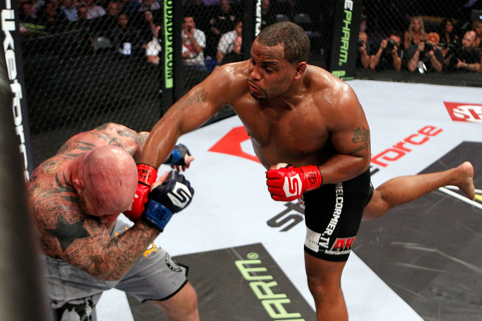 Strikeforce heavyweight Daniel Cormier
