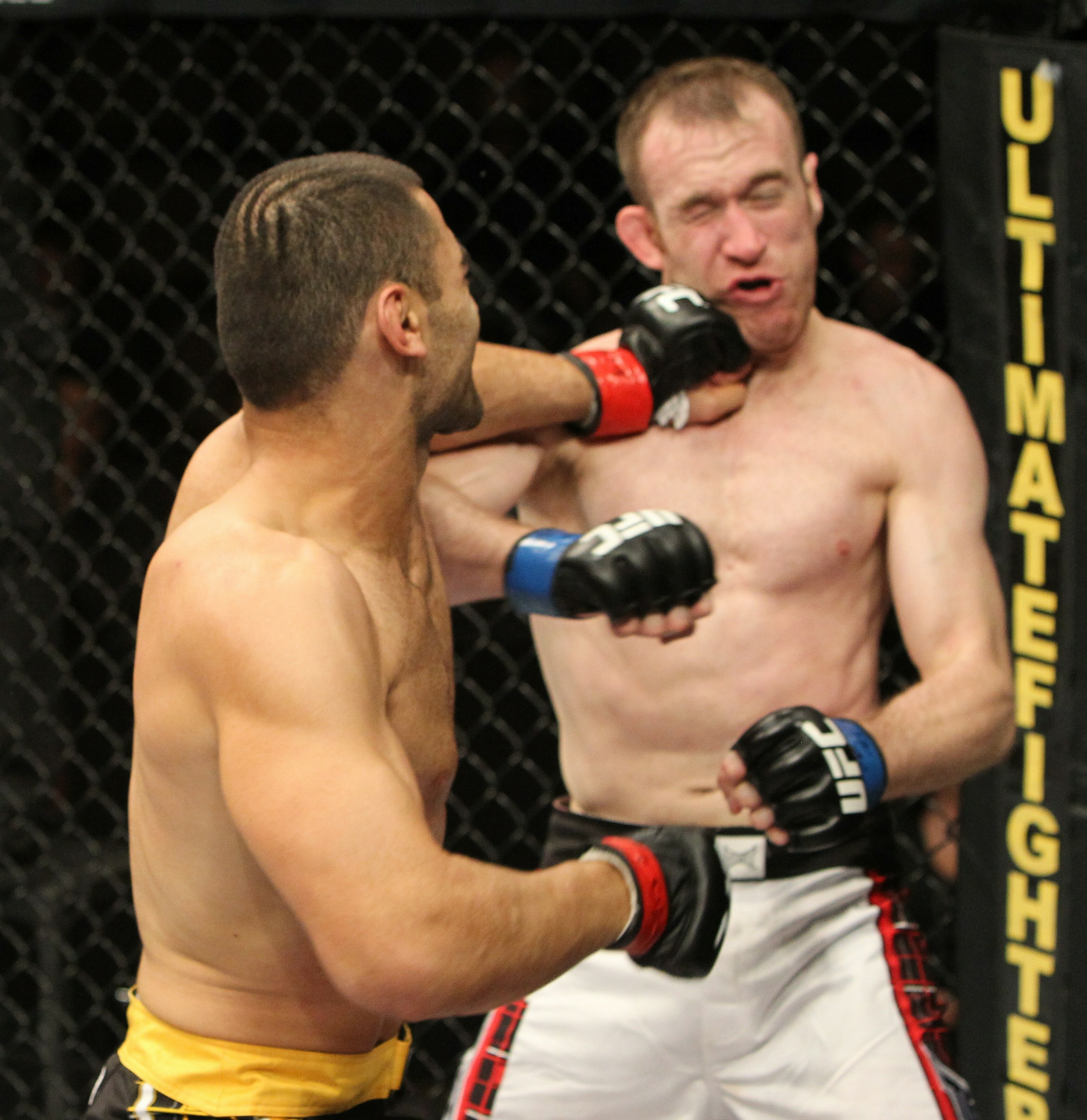 Kyle Watson vs Sako Chivitchian