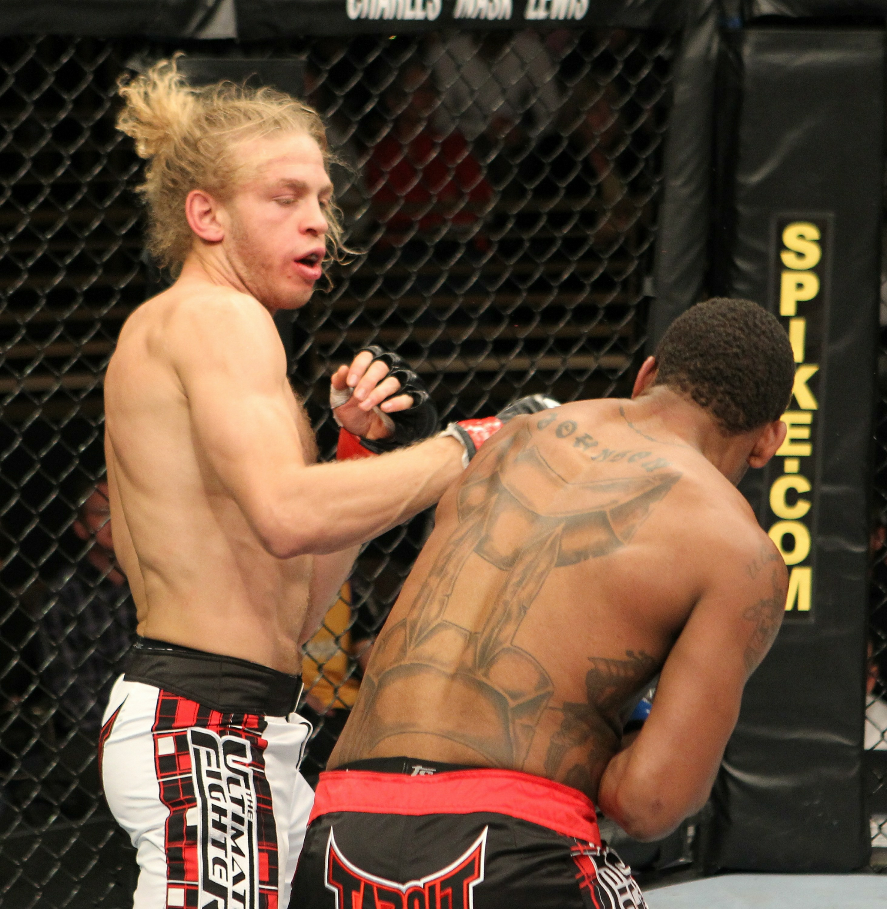 Jonathan Brookins vs Michael Johnson
