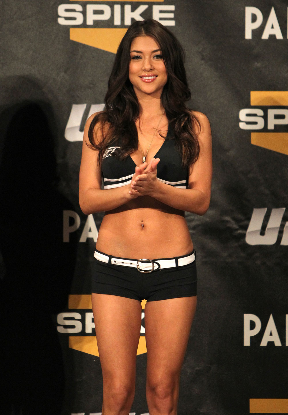TUF 13 Finale Weigh-ins: Octagon Girl Arianny Celeste