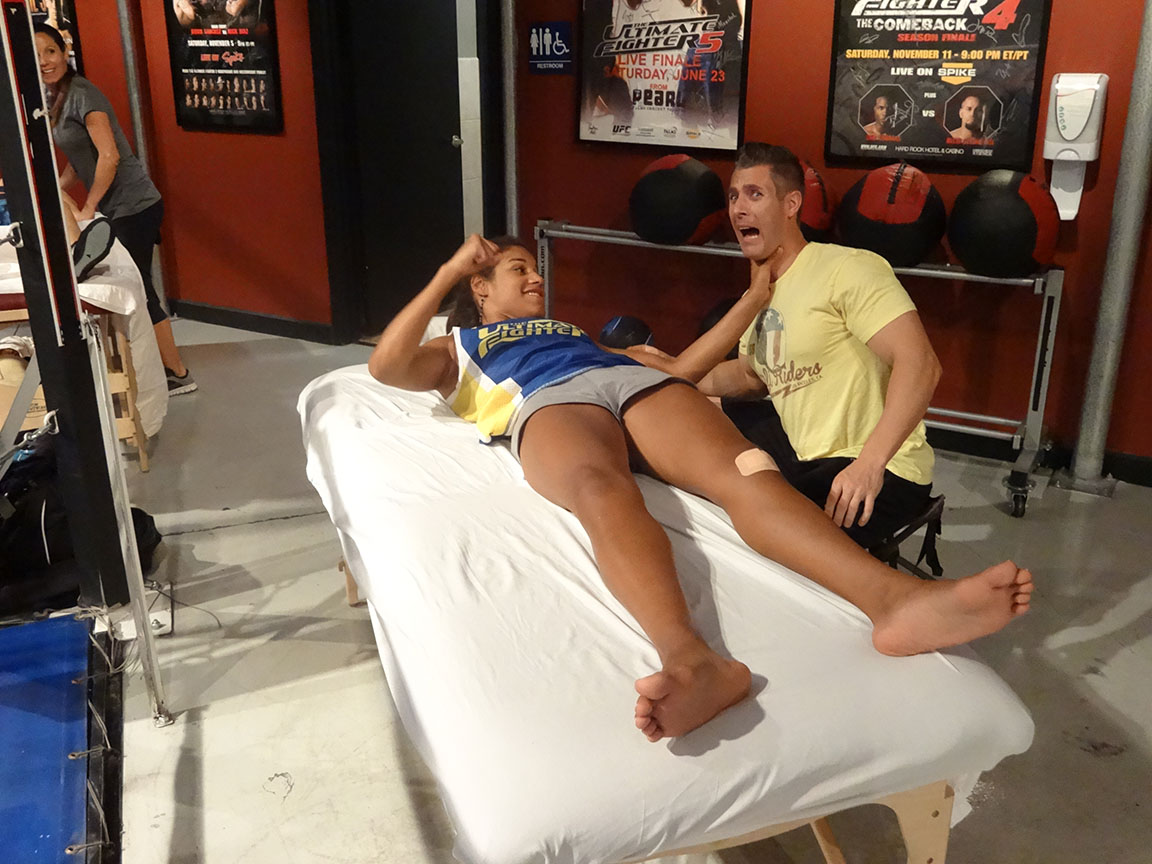 tuf photo gallery tuf 18 photos from the house julianna pena poses in a typical fighters stance tuf massage therapist