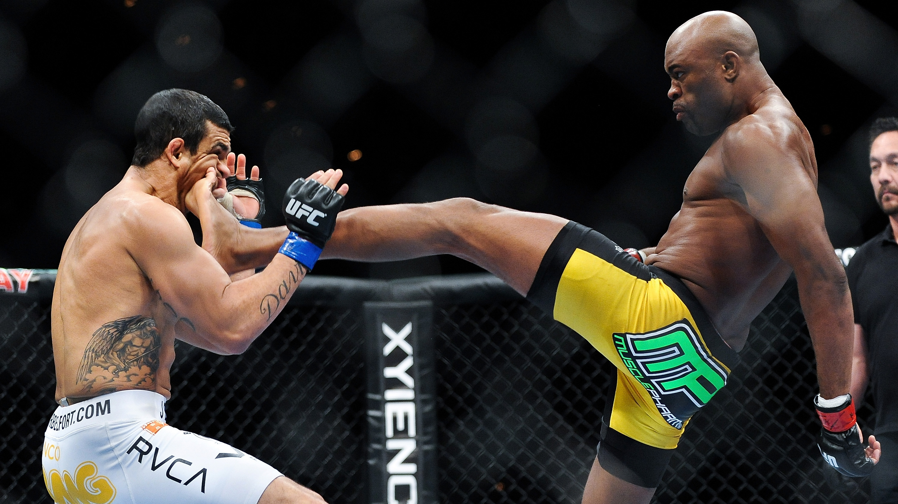 Anderson Silva (Photo by James Law/Zuffa LLC/Zuffa LLC via Getty Images)