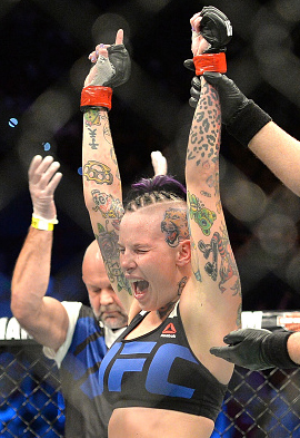 Bec Rawlings celebrates her win against Seohee Ham during UFC Brisbane on March 20, 2016 in Brisbane, Australia. (Photo by Bradley Kanaris/Getty Images)