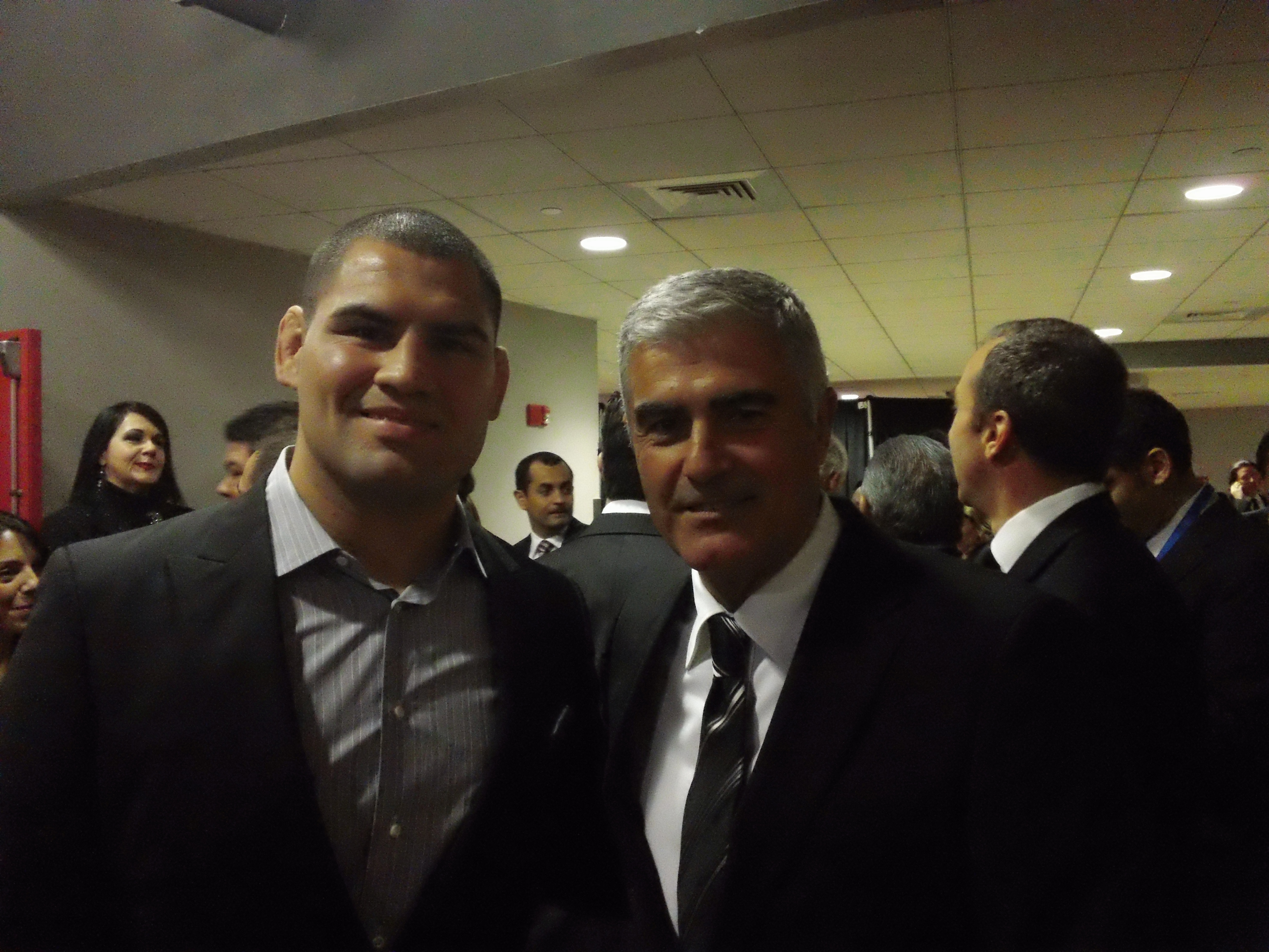Cain Velasquez y Saul Lizaso