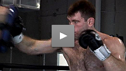 Forrest Griffin gets ready for his fight against Quinton Jackson at UFC 86