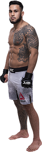 Brad-tavares_1180_rightfullbodyimage